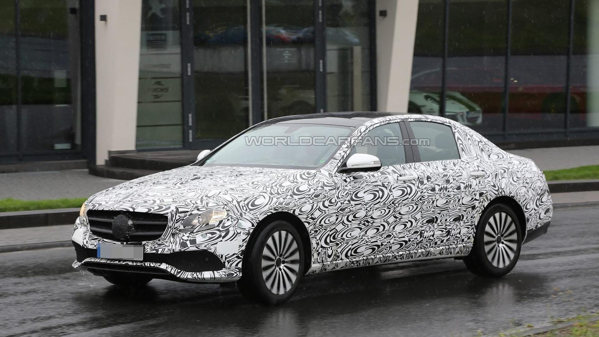 Latest 2016 Mercedes Benz E Cl Spy Images Reveal More Of The Front Fascia