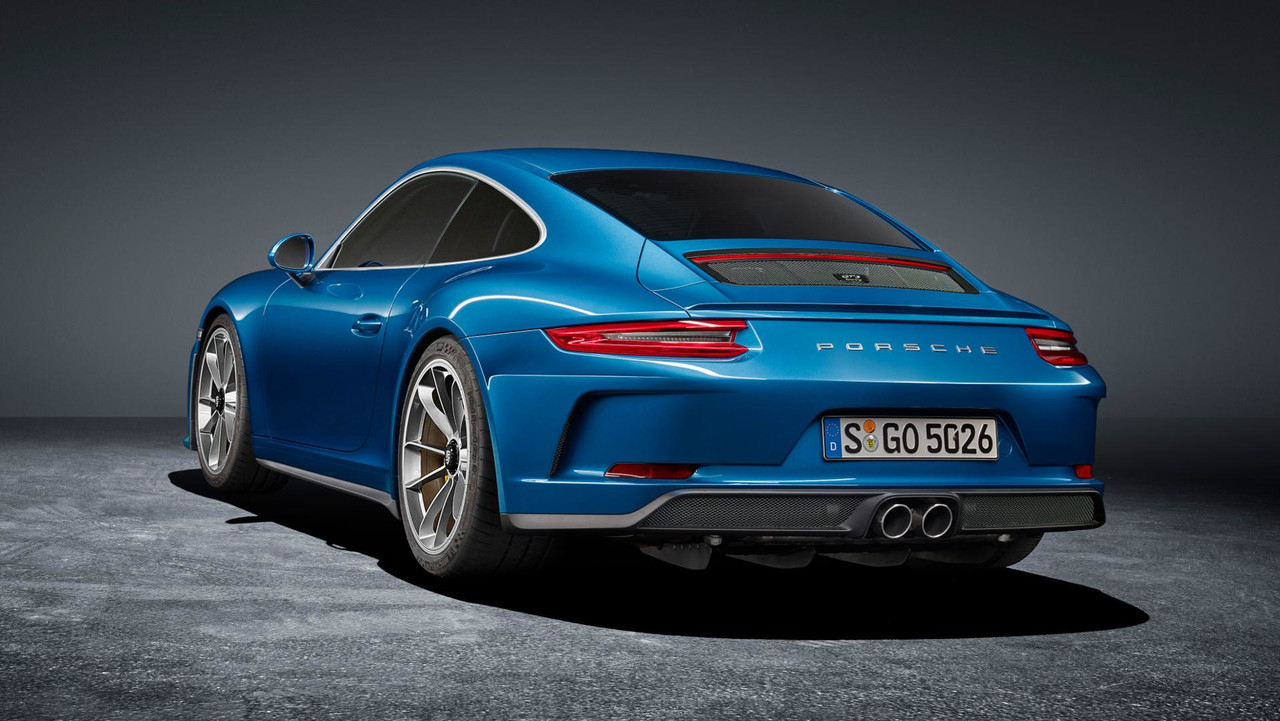 Porsche 911 GT3 Touring Package official images