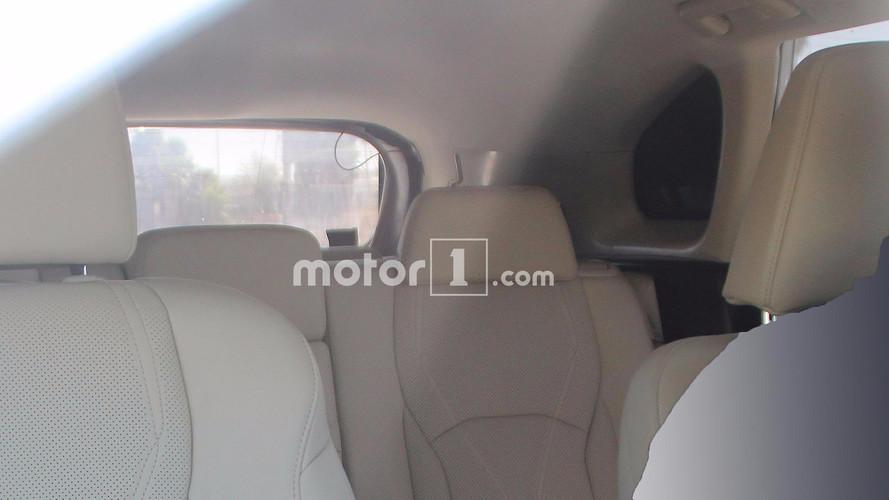 Üç sıra koltuklu Lexus RX casus fotoğrafları