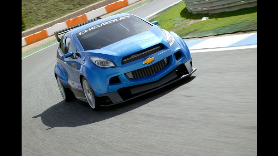 Chevrolet WTCC Ultra scende in pista!