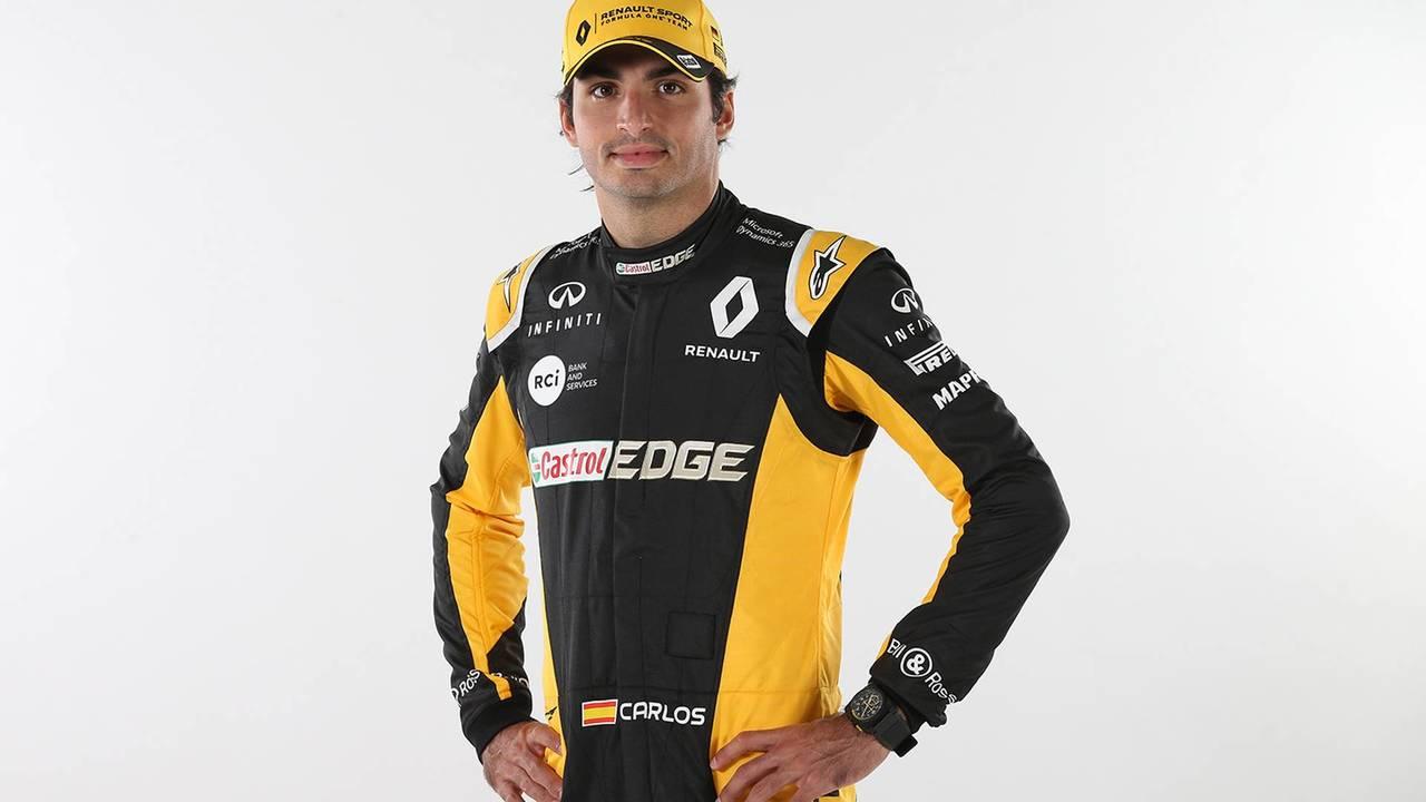 Carlos Sainz vestido Renault F1