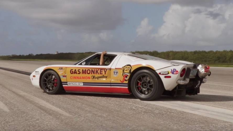 Watch This Modified Ford GT Hit 292 MPH