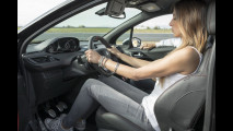 OmniAuto.it School Guida Sportiva con Peugeot 208 GTi - Teaser