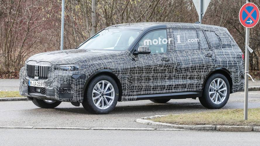 BMW X7 Looks Large And In Charge During Nurburgring Test