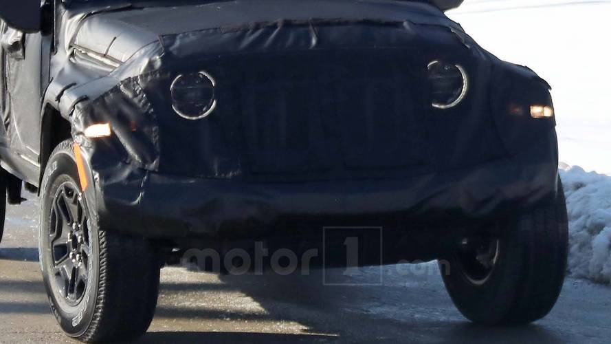 2019 Jeep Scrambler Spy Photo