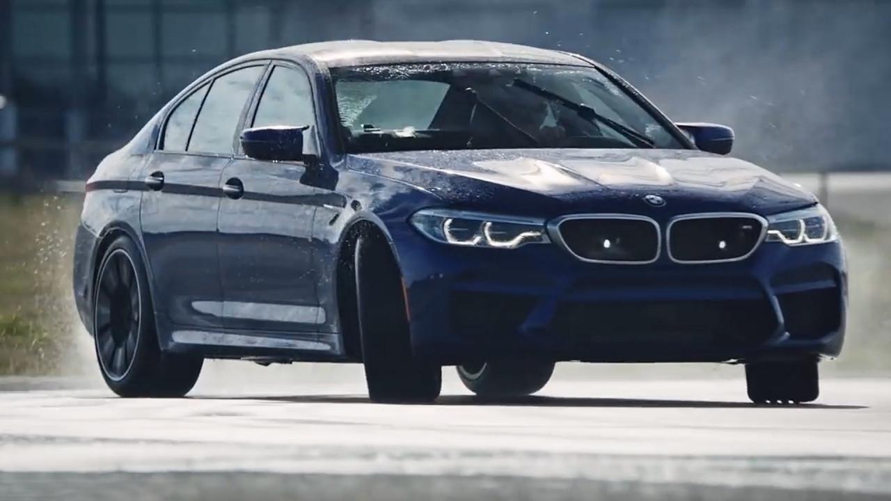[Copertina] - BMW M5, nuovo record in drifting