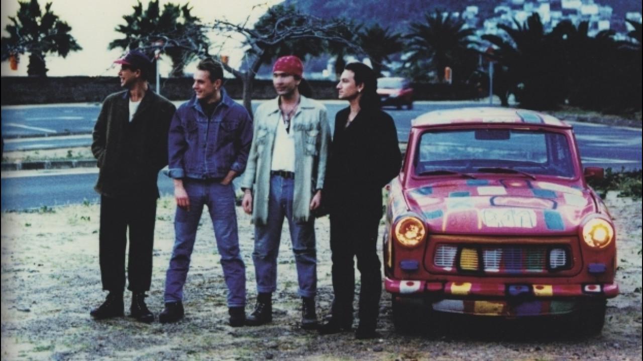 [Copertina] - Trabant, un raduno a Cleveland per quelle utilizzate dagli U2