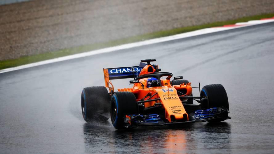 Alonso se lleva todo el protagonismo en una jornada fallida de test