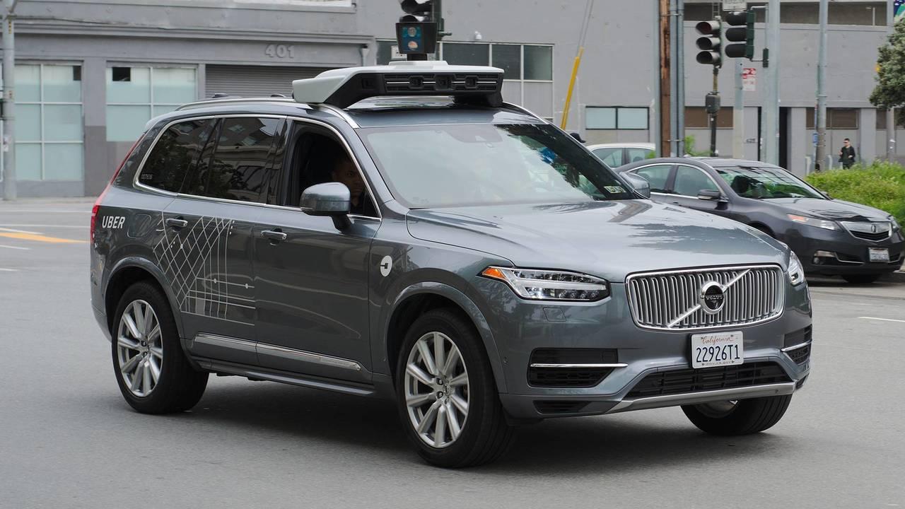 Uber, auto a guida autonoma