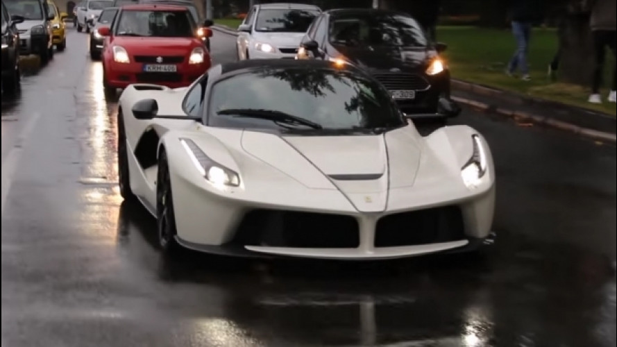 LaFerrari Aperta, il primo proprietario è il pilota J. Cartu [VIDEO]