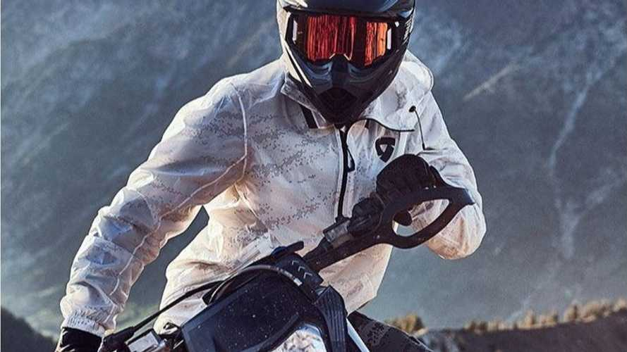 Make Sure You Have REV'IT!'s Barrier Rain Smock For Rainy Rides