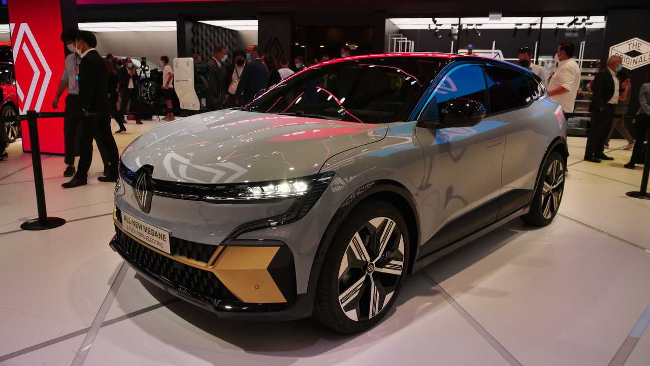 Live photos of Renault Megane E-Tech from IAA 2021