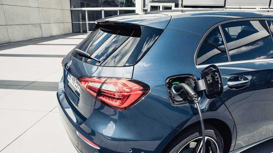 """Mercedes vai desistir dos carros híbridos: """"caros e complicados"""""""