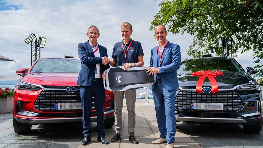 BYD Delivers First Electric Cars To Customers In Norway