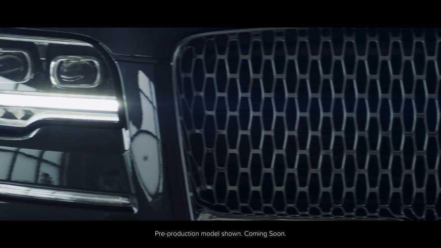 2022 Lincoln Navigator teasers