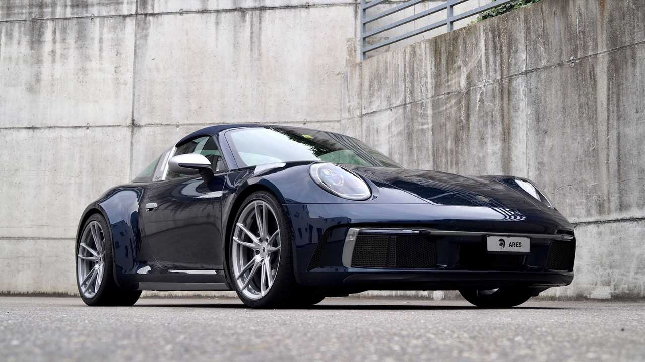 Ares Design tampilkan Porsche 911 Targa 992 Widebody.