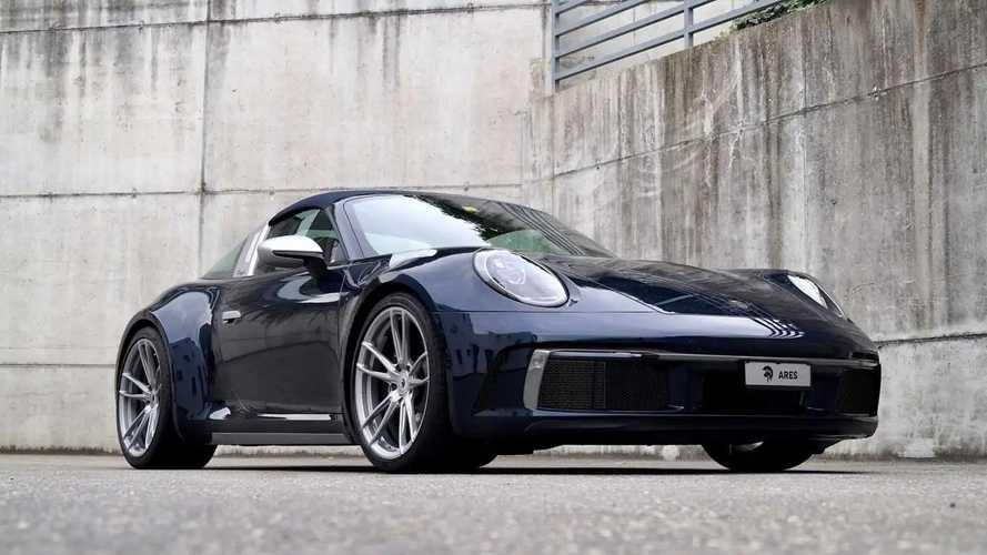 Kreasi Porsche 911 Targa 992 dari Ares Design Tampak Ciamik