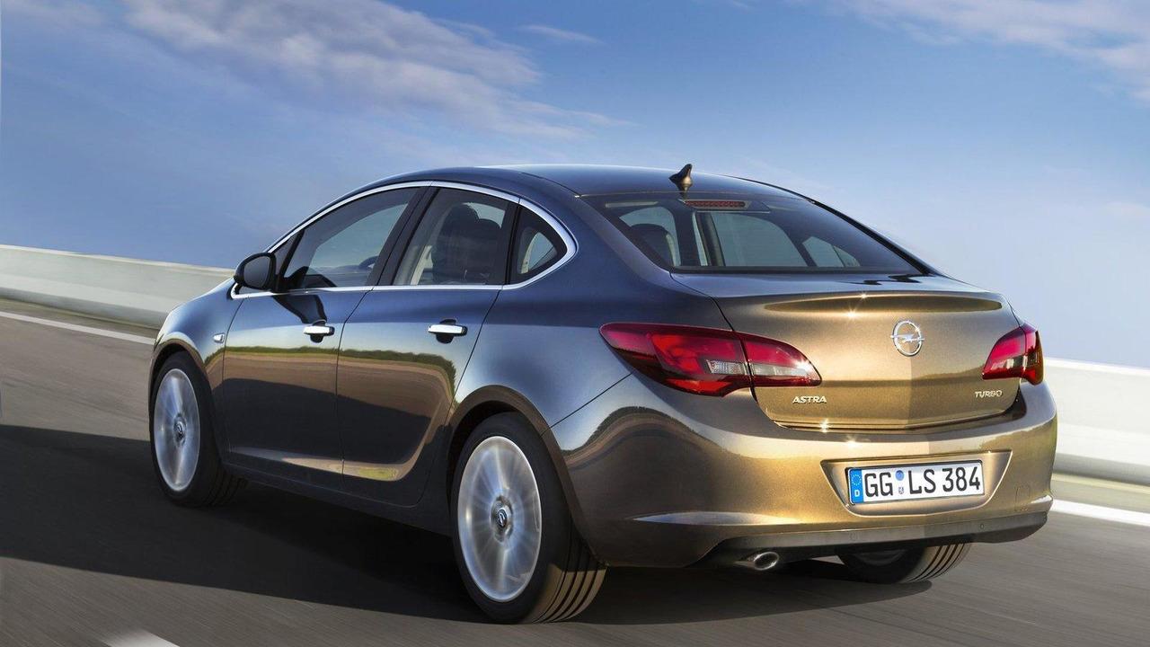 2013 Opel Astra sedan 06.06.2012