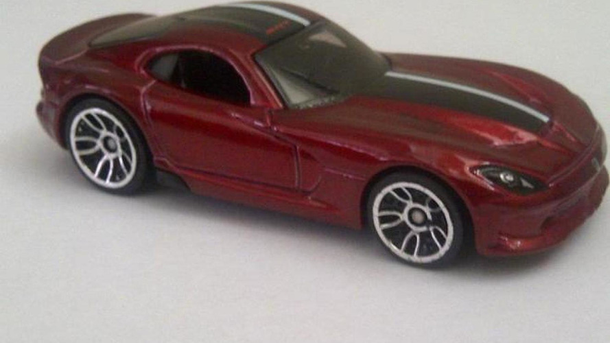 2013 SRT Viper revealed in Hot Wheels die cast leak