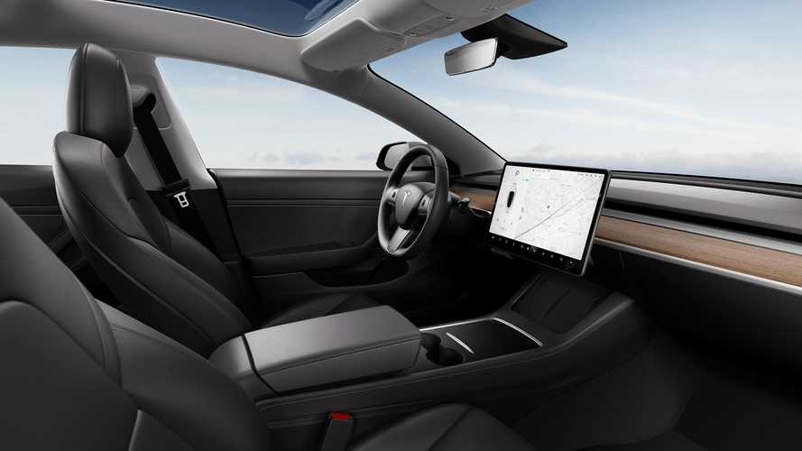 Tesla Vehicle Safety Report Q2 2021: Numbers Are Down Again