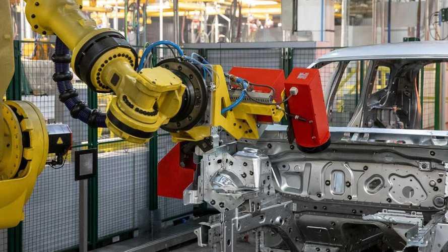 Новый Renault Duster на заводе в Москве