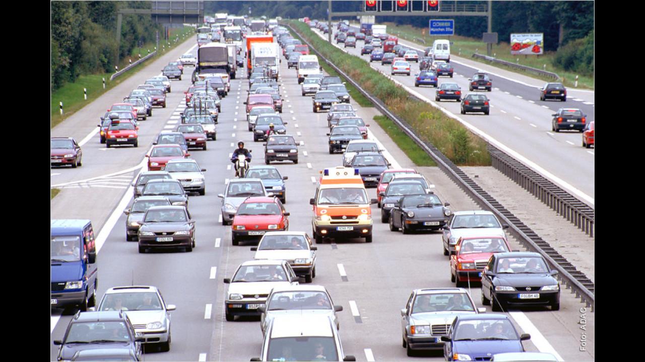 Rettungsgasse auf Autobahnen