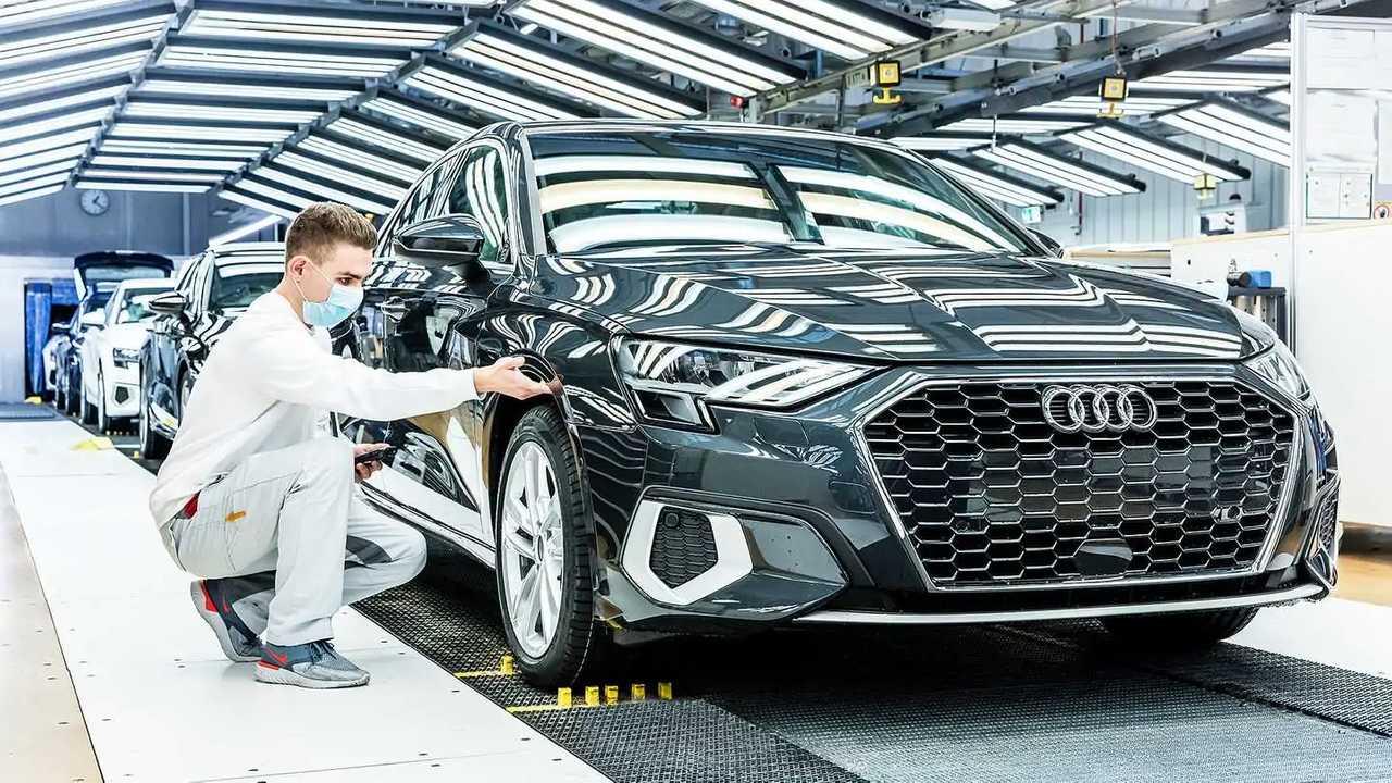 Audi A3 Sportback nella fabbrica di Ingolstadt