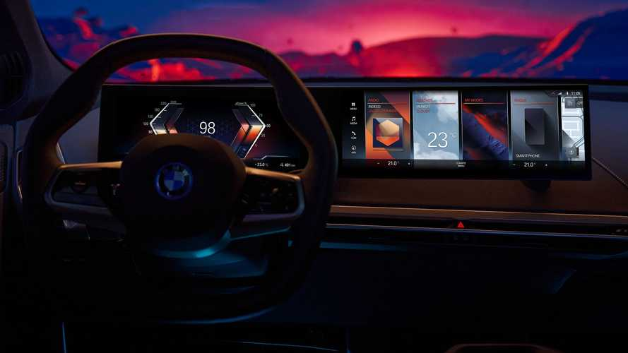 New BMW iDrive Infotainment System Previews Next-Gen User Experience
