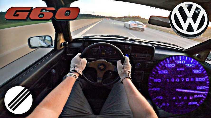 Une VW Golf GTI G60 sortie de grange lancée à fond sur autoroute