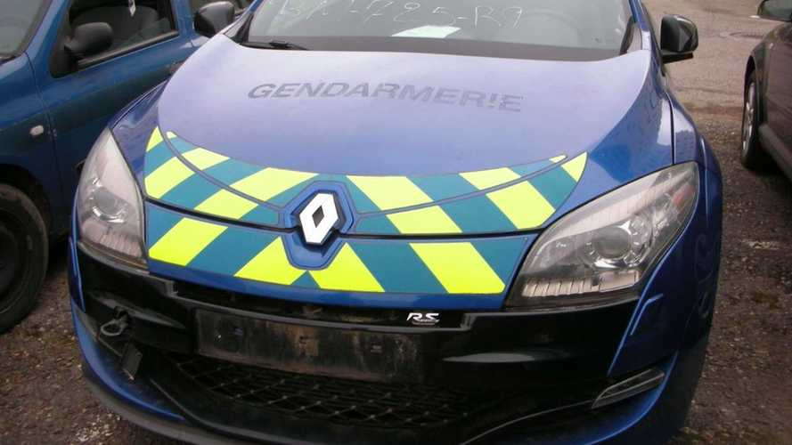 Renault Mégane R.S. de la Gendarmerie aux enchères