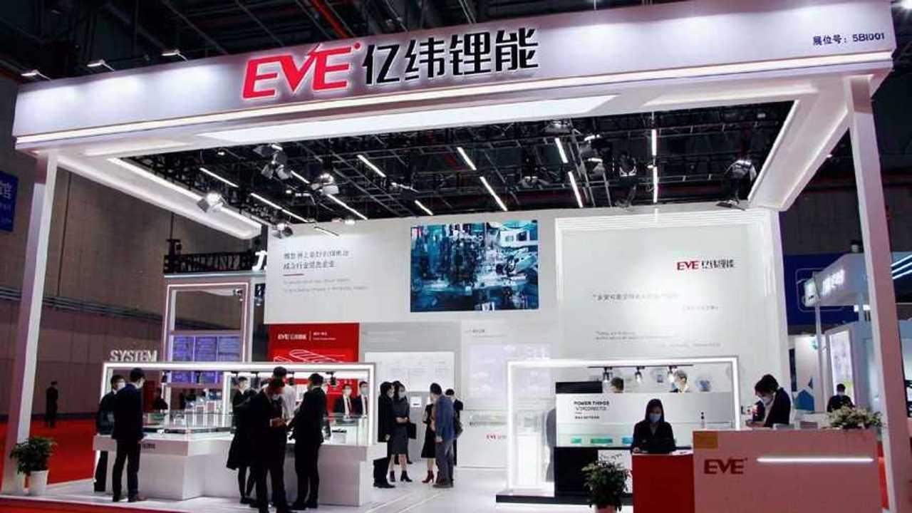 Der chinesische Batteriehersteller EVE soll angeblich LFP-Batterien für Tesla liefern