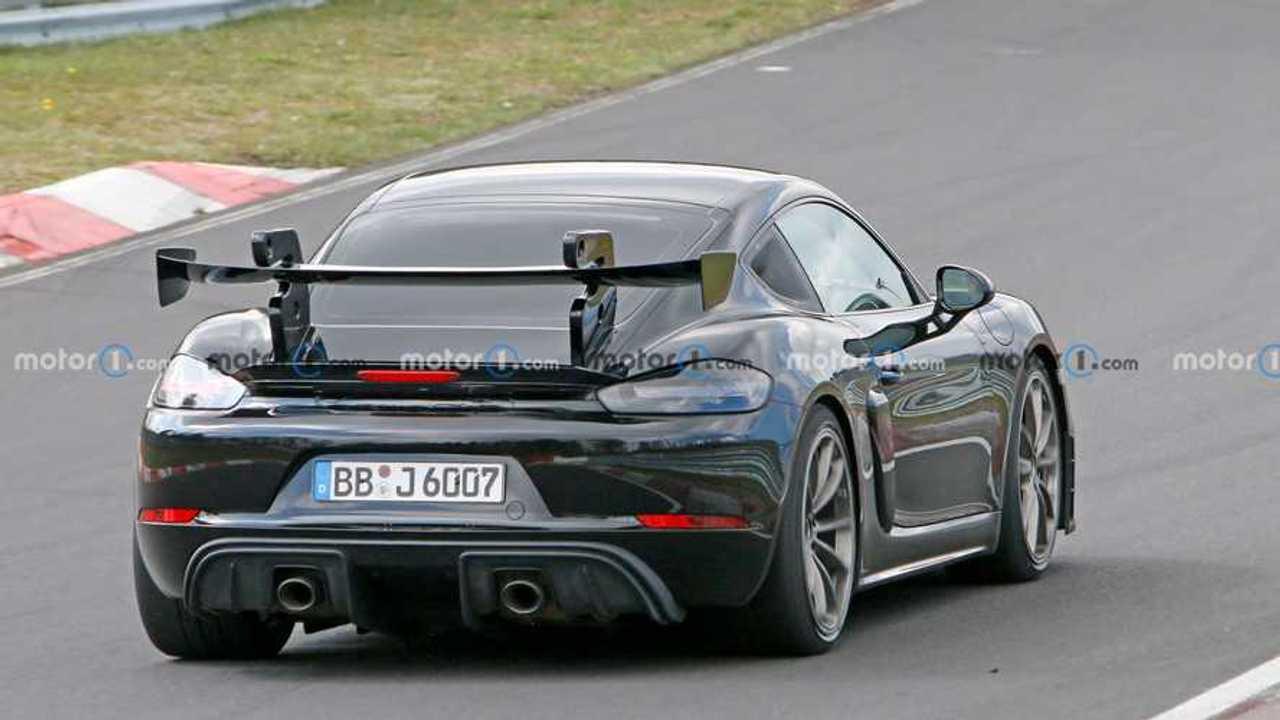 Photo espion Porsche 718 Cayman GT4 RS