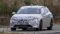 Neuer Peugeot 308 SW (2021) als Erlkönig erwischt