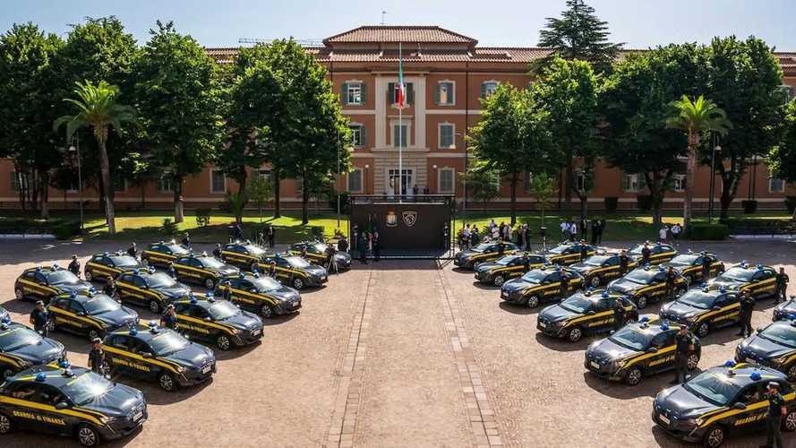 Polisi Ekonomi Italia Pakai Armada Listrik dari Peugeot e-208