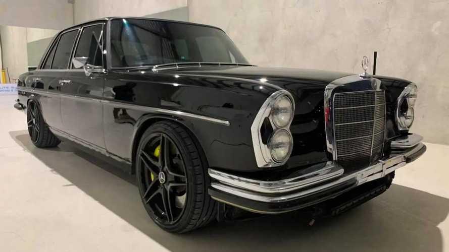 Egy AMG C63-ból szedett elemek segítettek új életre kelteni ezt az 1968-as Mercedest