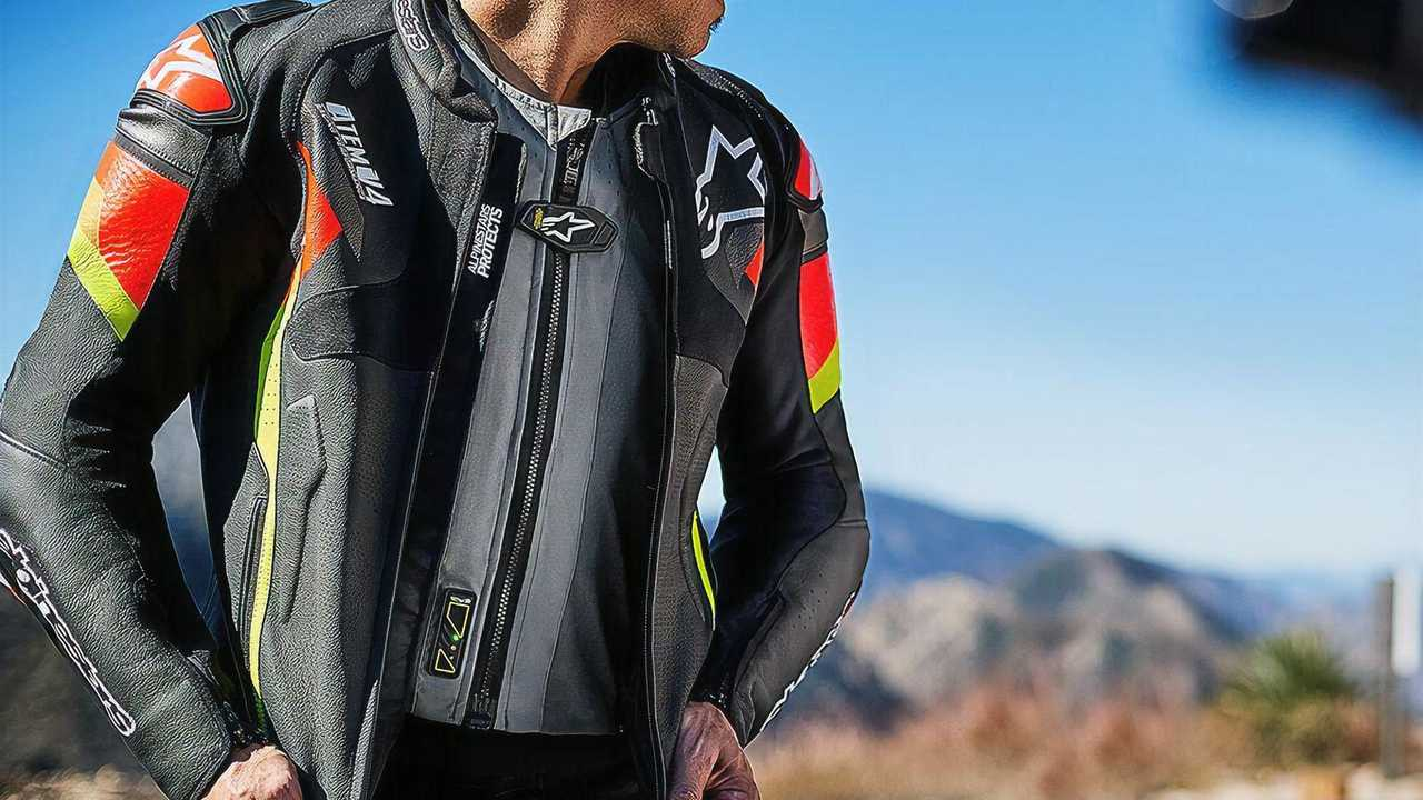 Alpinestars Tech-Air 5 On Rider Alternate