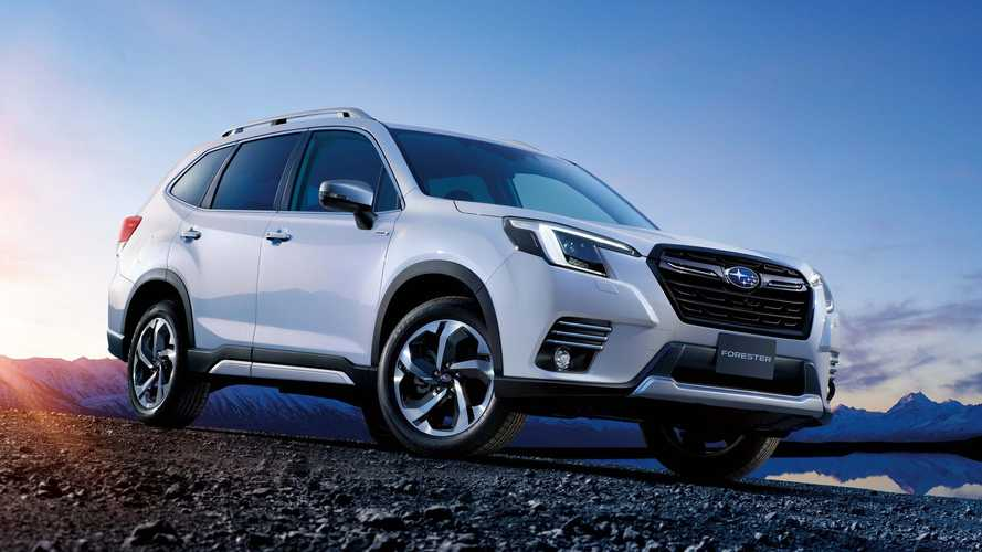 2022 Subaru Forester facelift debuts in Japan with new headlights