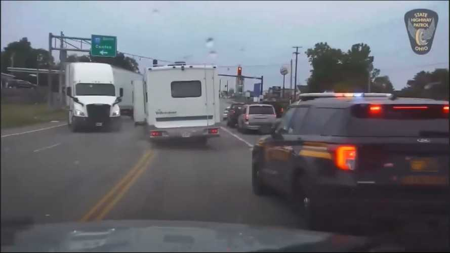 Stolen motorhome leads cops on harrowing chase that's caught on dashcam