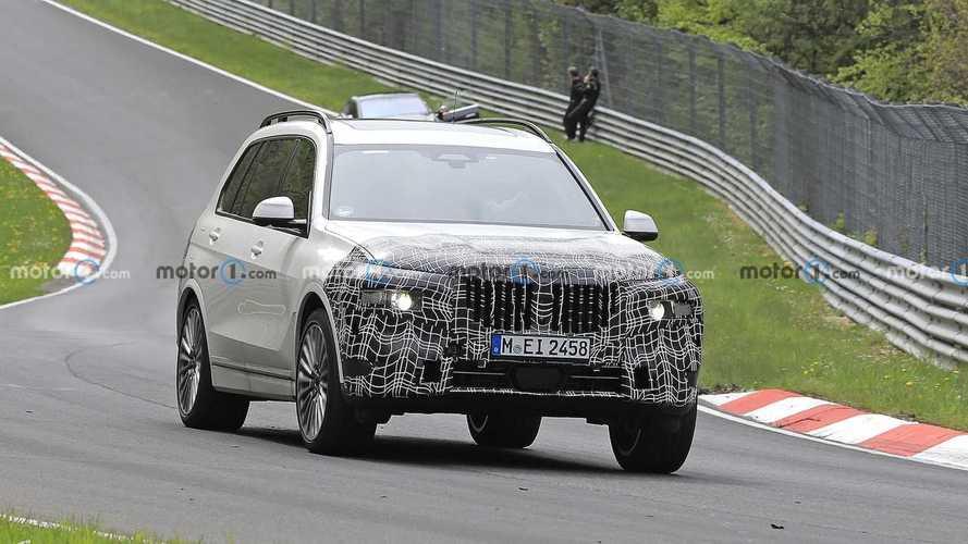 Makyajlı BMW X7, Nürburgring'e indi