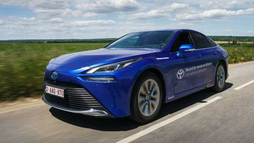 Nuevo récord de autonomía para el Toyota Mirai de hidrógeno