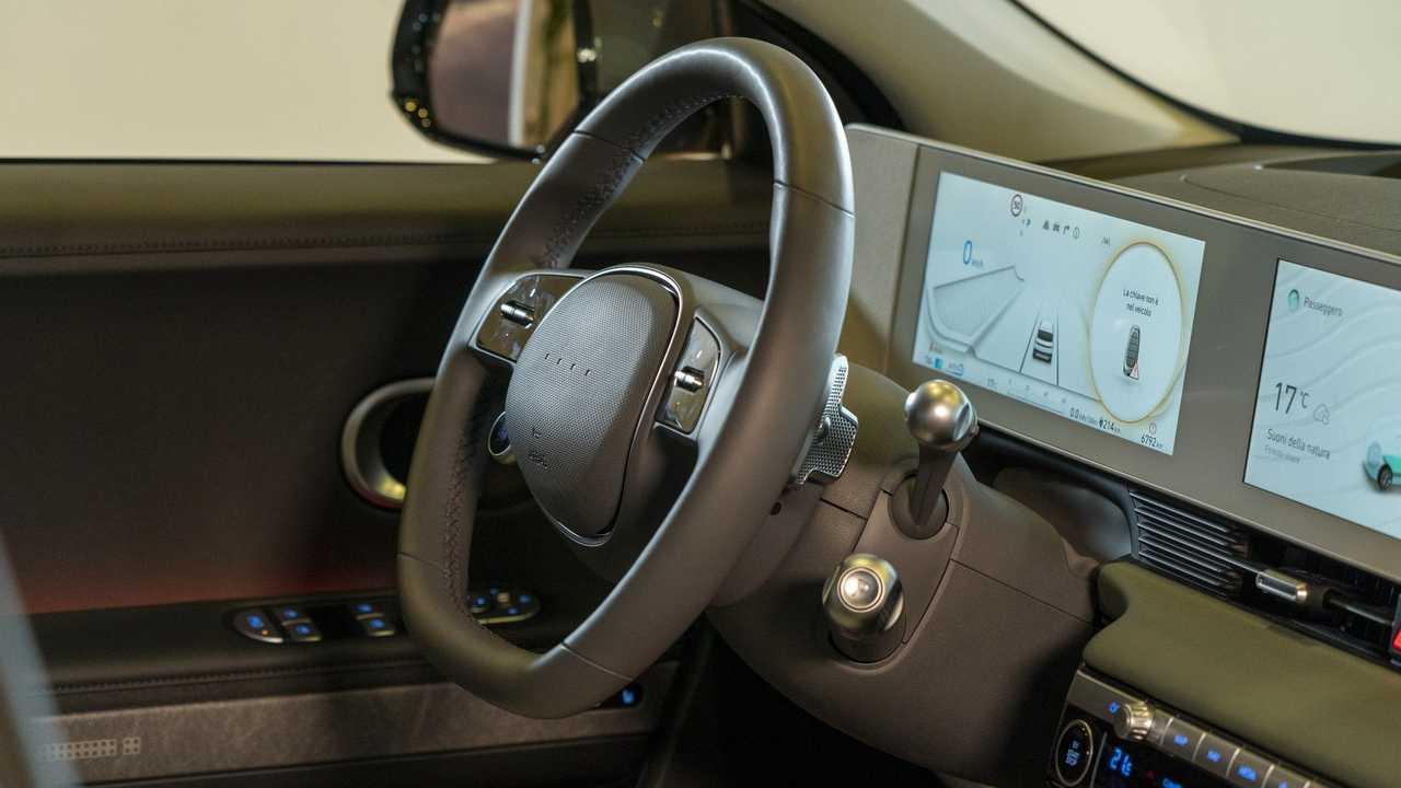 Crisi dei chip, Hyundai produrrà internamente i semiconduttori