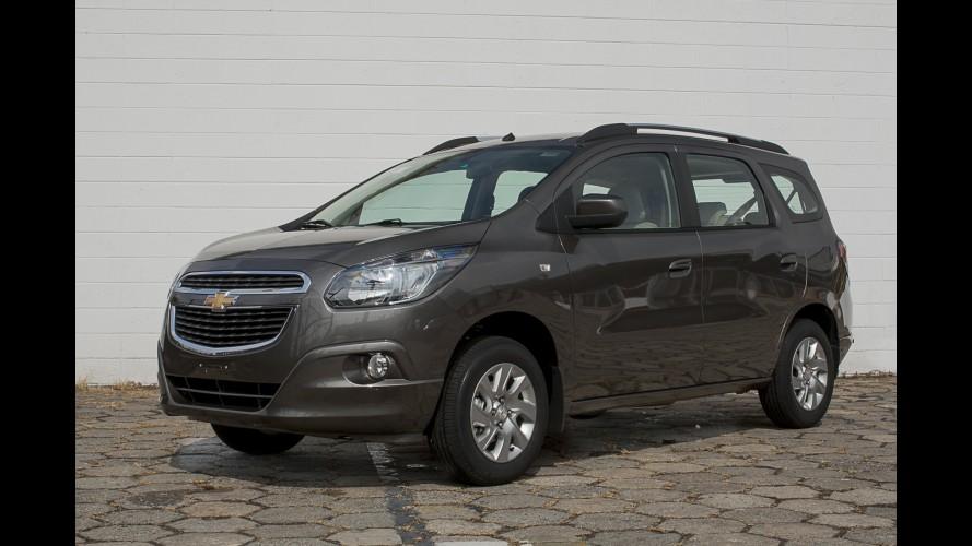Chevrolet Spin ganha central multimídia MyLink e câmbio aprimorado