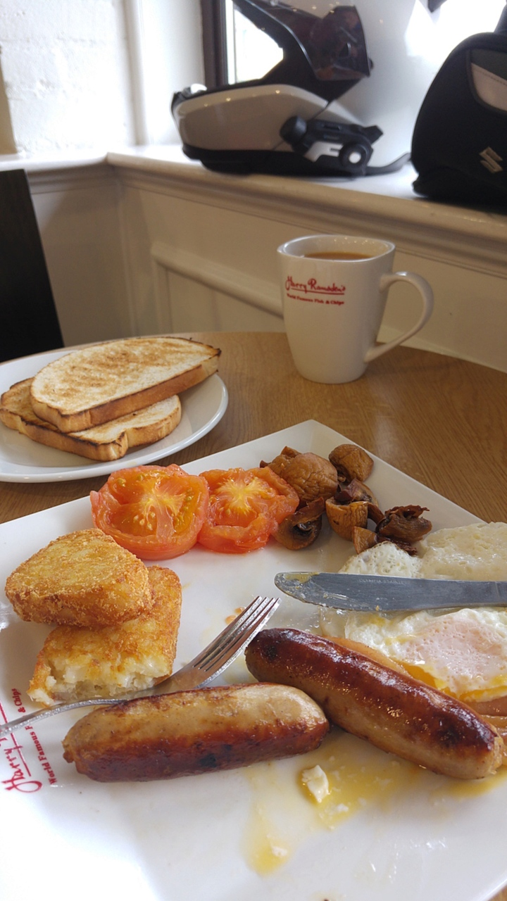 Your heart hurts just looking at that breakfast, doesn't it?