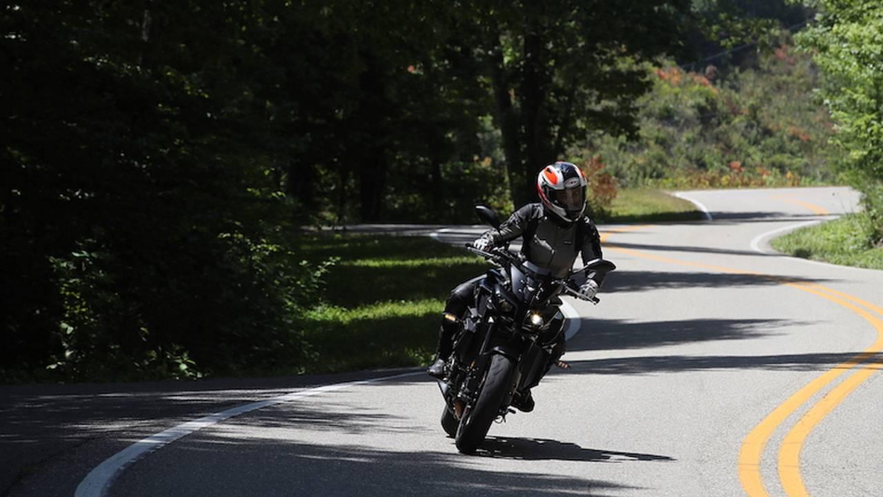 First Ride: 2017 Yamaha FZ-10