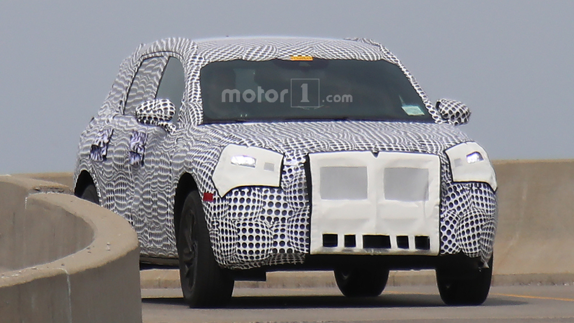 2020 Lincoln MKC Replacement Spied Before 2019 Refresh ...