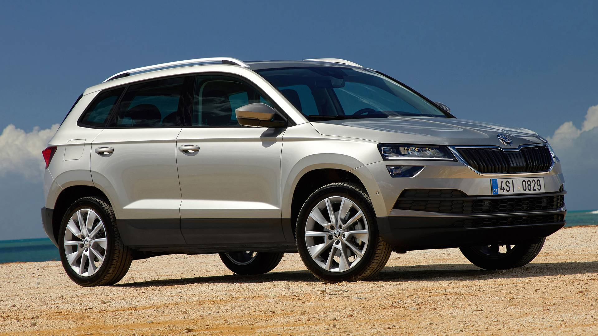 skoda karoq news foto video listino