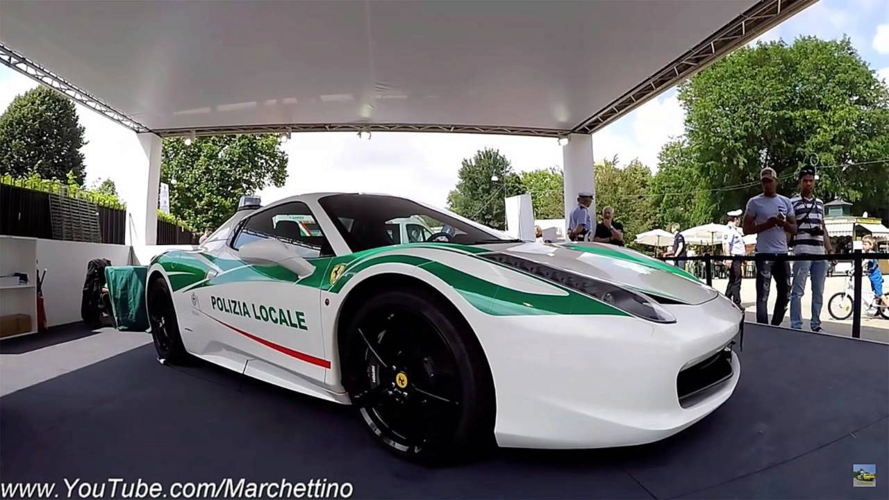 Ferrari 458 Spider: policía de Italia