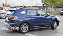 BMW X1 facelift spy photo