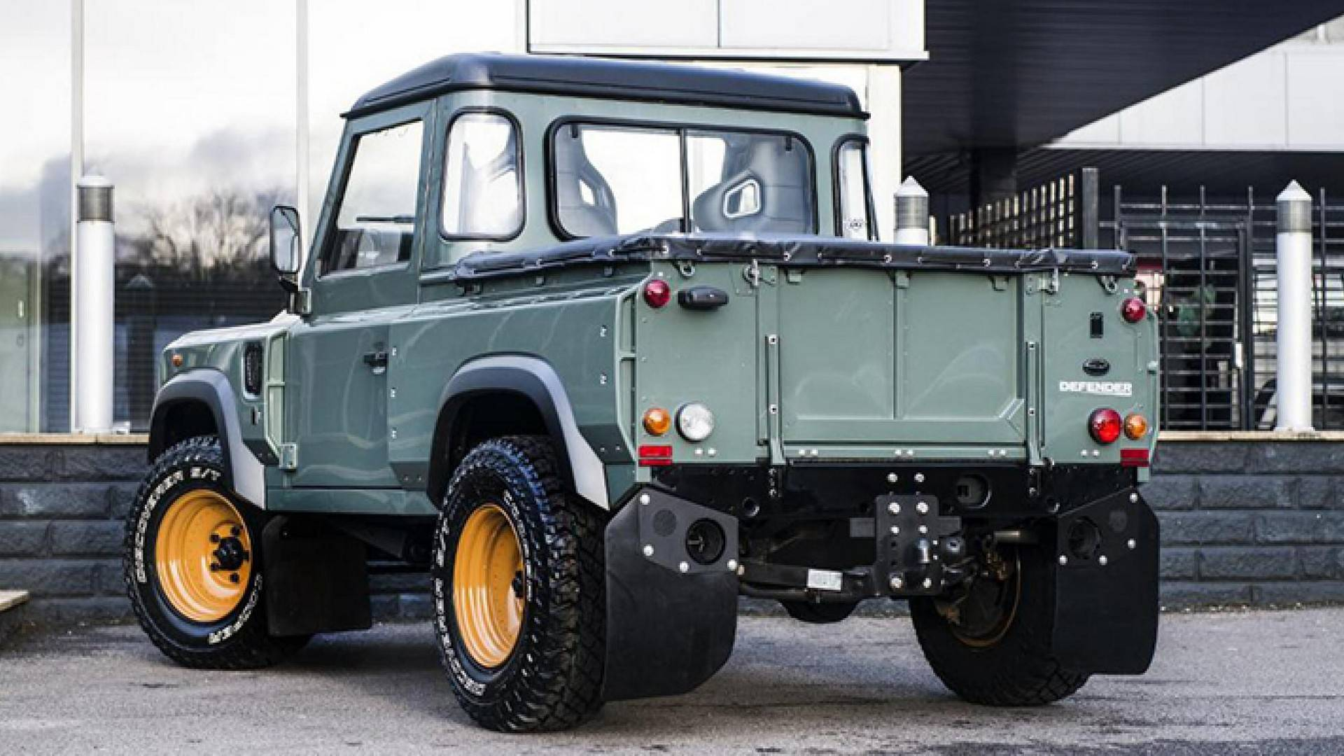 Land Rover Truck >> Land Rover Defender Pickup Single Cab Rumored For 2020 Launch