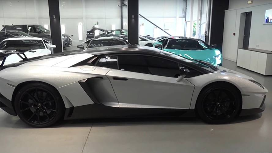 Lamborghini Aventador Gets Starlight Headliner Because Why Not